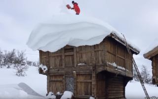 Приспособление для уборки снега с крыши